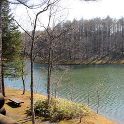 トムトム湖